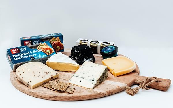 The Artisan Hub Best of New Zealand Cheese Box - Grande