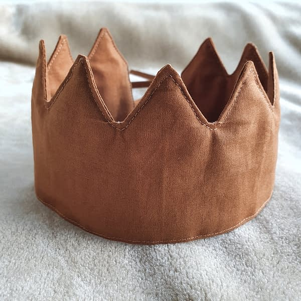 Fabric Crown Cinnamon (front)